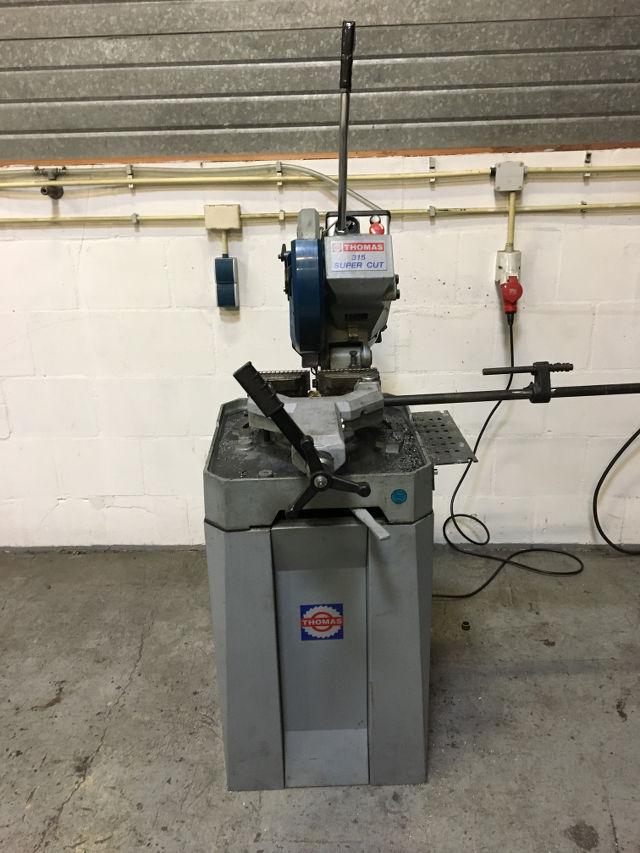 Zaagmachine voor zagen metaal